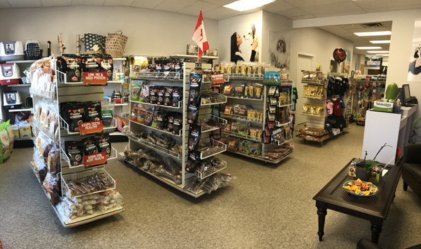 Happy Pet Pet Food and Supplies Store in Port Credit Ontario